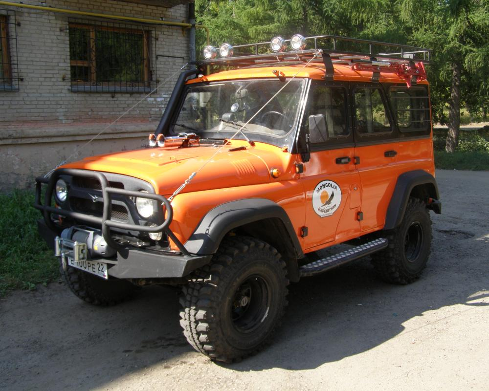 File:UAZ Hunter used during an expedition to Mongolia.jpg ...