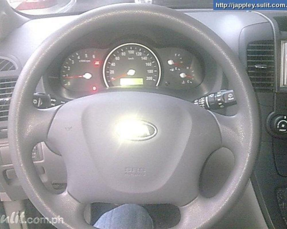 Kia Grand Carnival LX 29 CRDi Photo Gallery: Photo #12 out of 8 ...