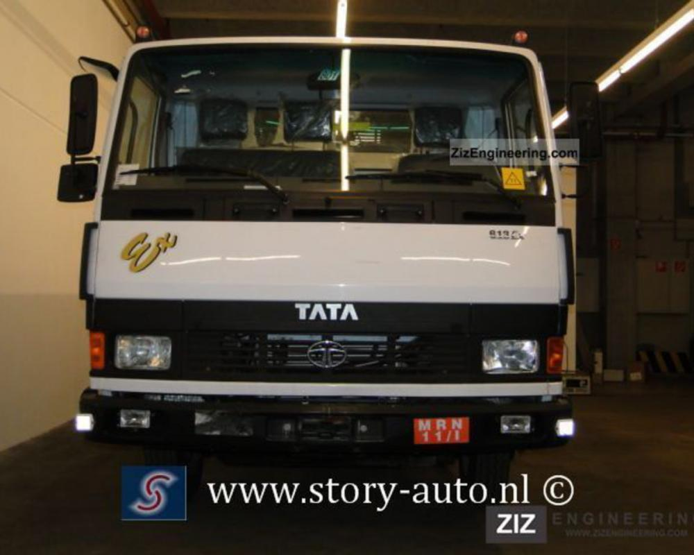 Tata LPT 613 Cab Dropside Truck 5.7L 2011 Stake body Truck Photo ...