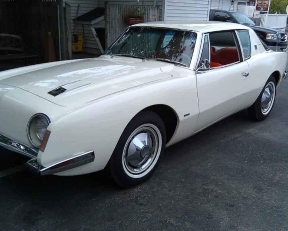 Hemmings Find of the Day – 1963 Studebaker Avanti R2 | Hemmings Blog