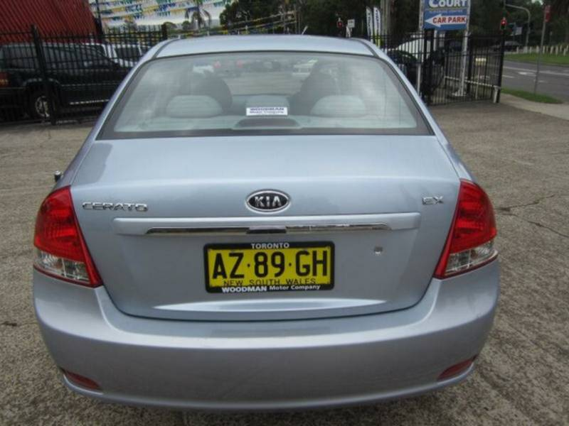 2007 Kia Cerato LD EX Blue 5 Speed Manual Sedan | Cars, Vans ...