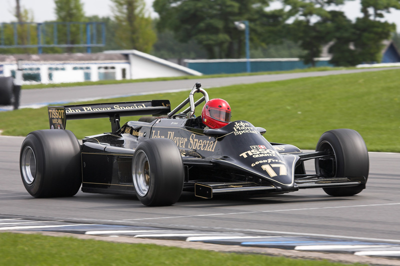 Nico Bindels Lotus 87B-3 2.jpg photo - Stuart Yates photos at pbase.
