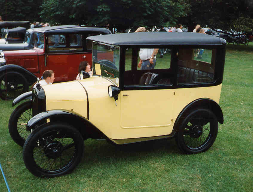File:1926.Austin.Seven.saloon.jpg - Wikimedia Commons
