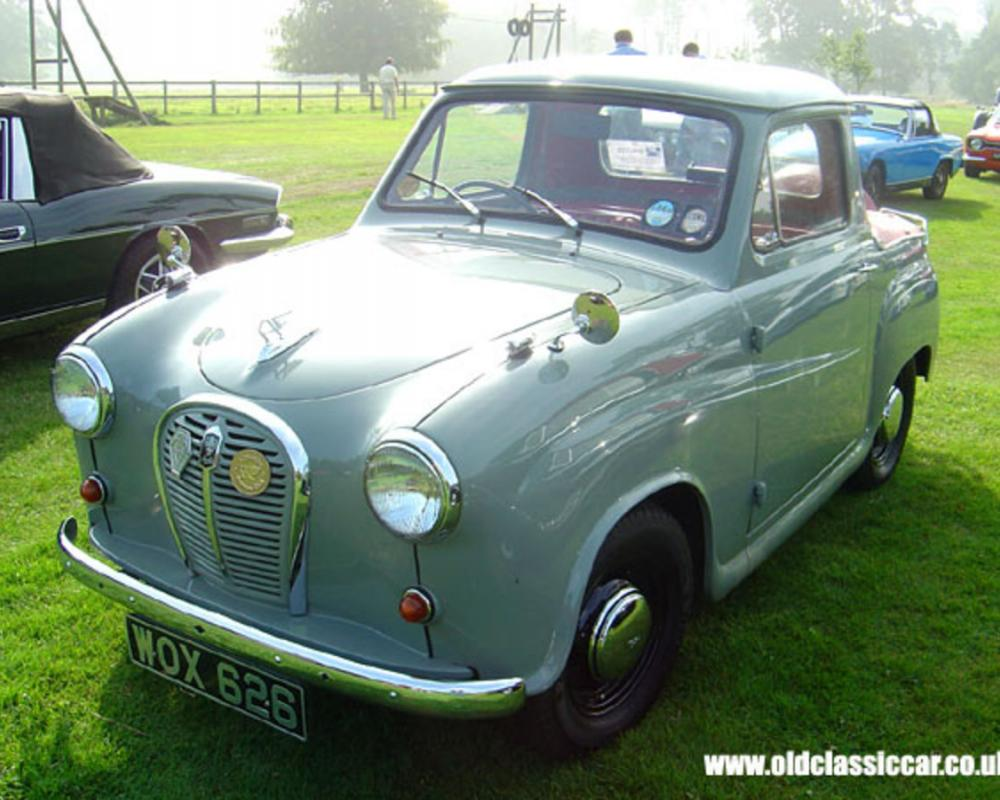 Austin A35 pickup photograph at Cholmondeley Castle vintage car show