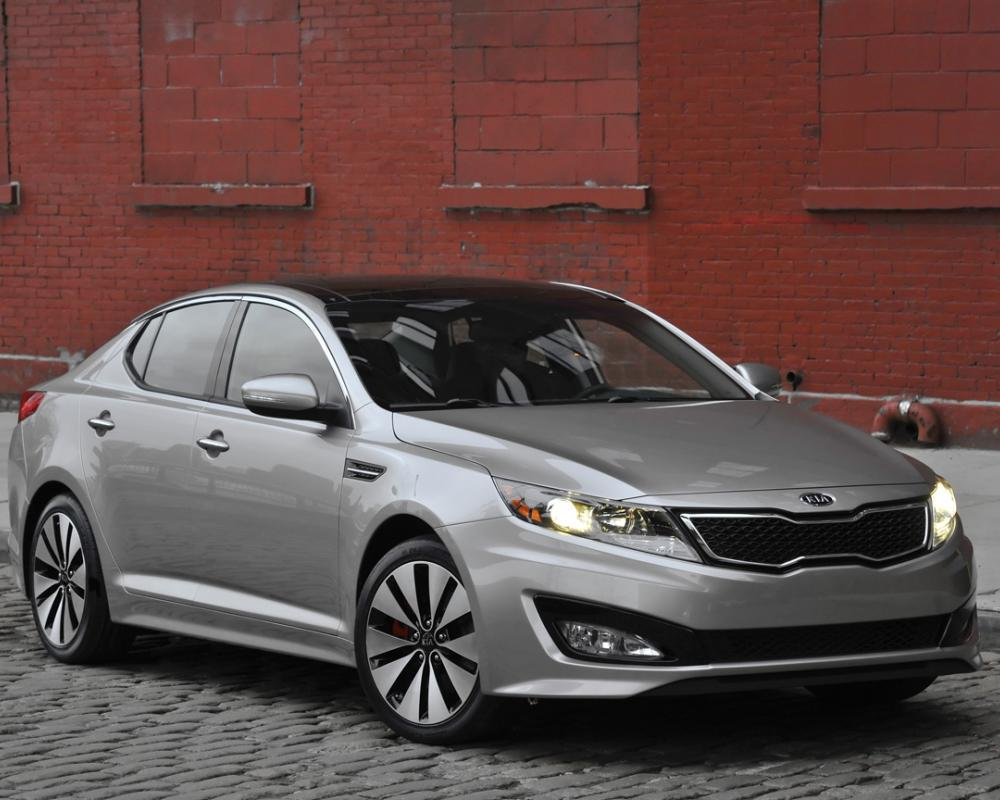 New York 10': 2011 Kia Optima Brings a Turbo and a Hybrid to the ...