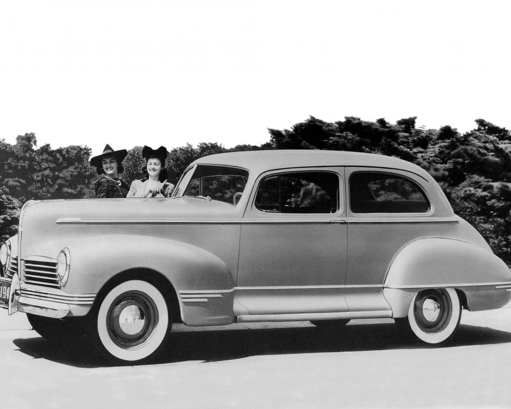 Hudson Deluxe Six Club Sedan (Series 20-