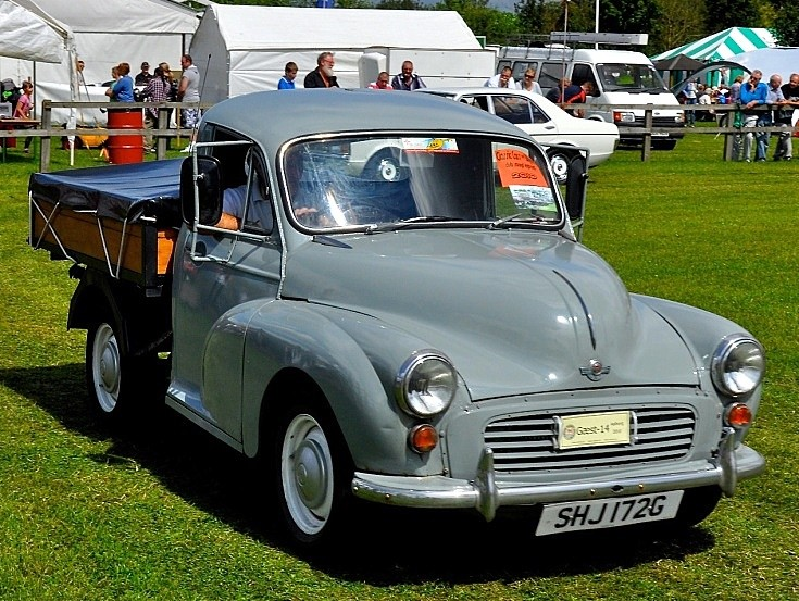 Classic and Vintage Cars - Morris Minor 1000 Pick-