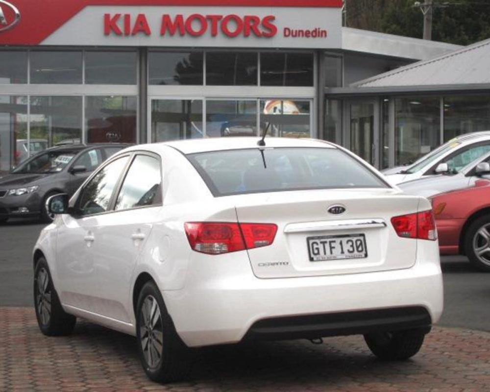 2013 Kia Cerato EX SEDAN 2.0 6SP AUTO - $28,990.00