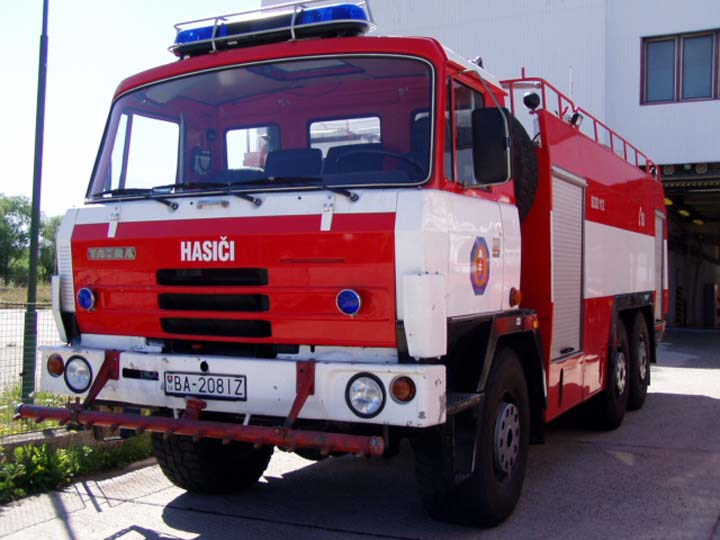 Fire Engines Photos - TATRA 815 6x6 CAS-