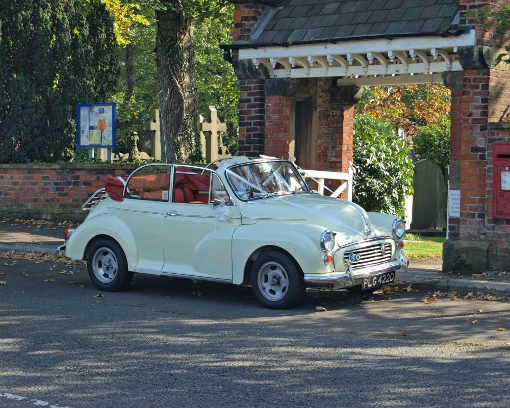 Available for weddings Morris Minor 1000 Convertible - Classic Car ...