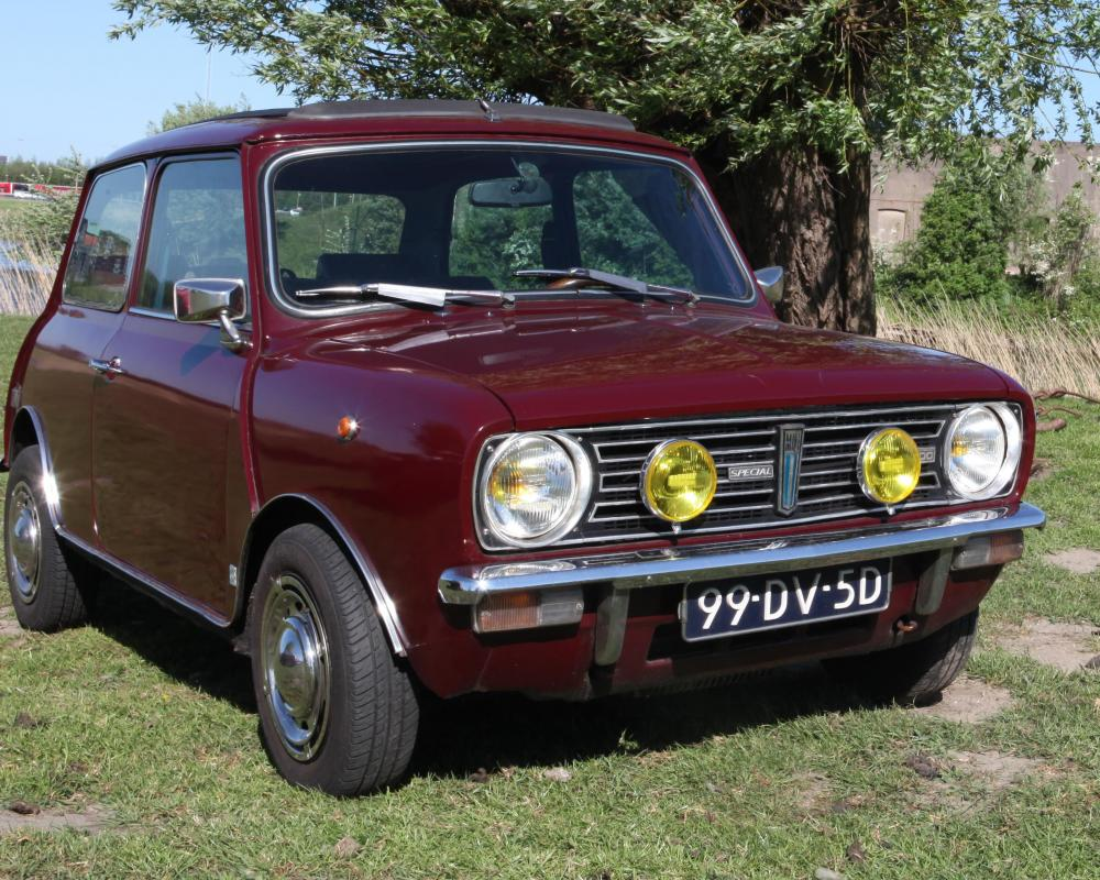 File:Mini Clubman 1100 Special.jpg - Wikimedia Commons