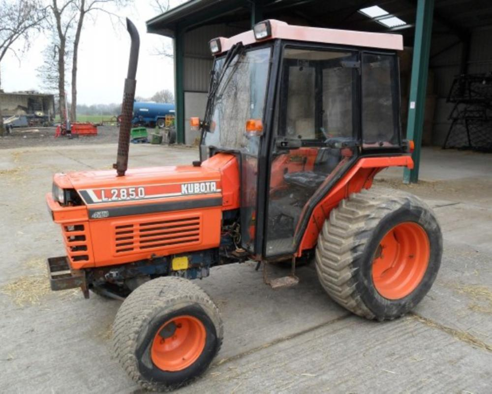 Kubota L2850: Photo gallery, complete information about model ...