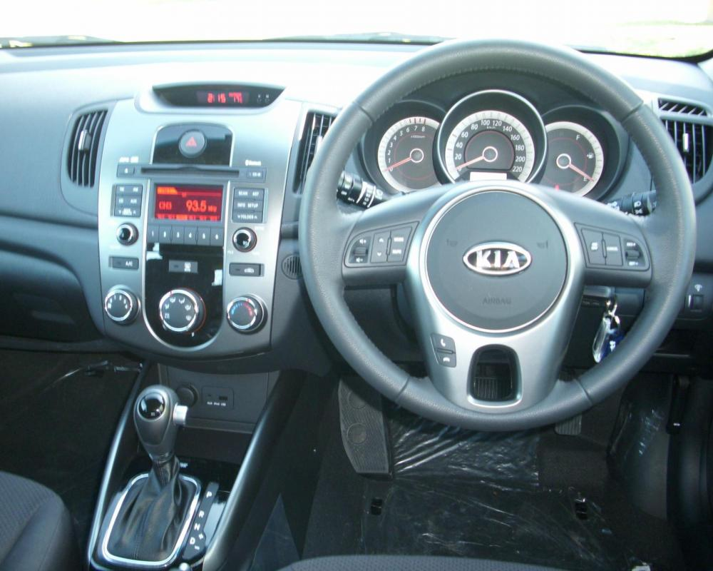 Kia Cerato Hatch $28,990 for sale | Drivesouth New & Used Cars ...