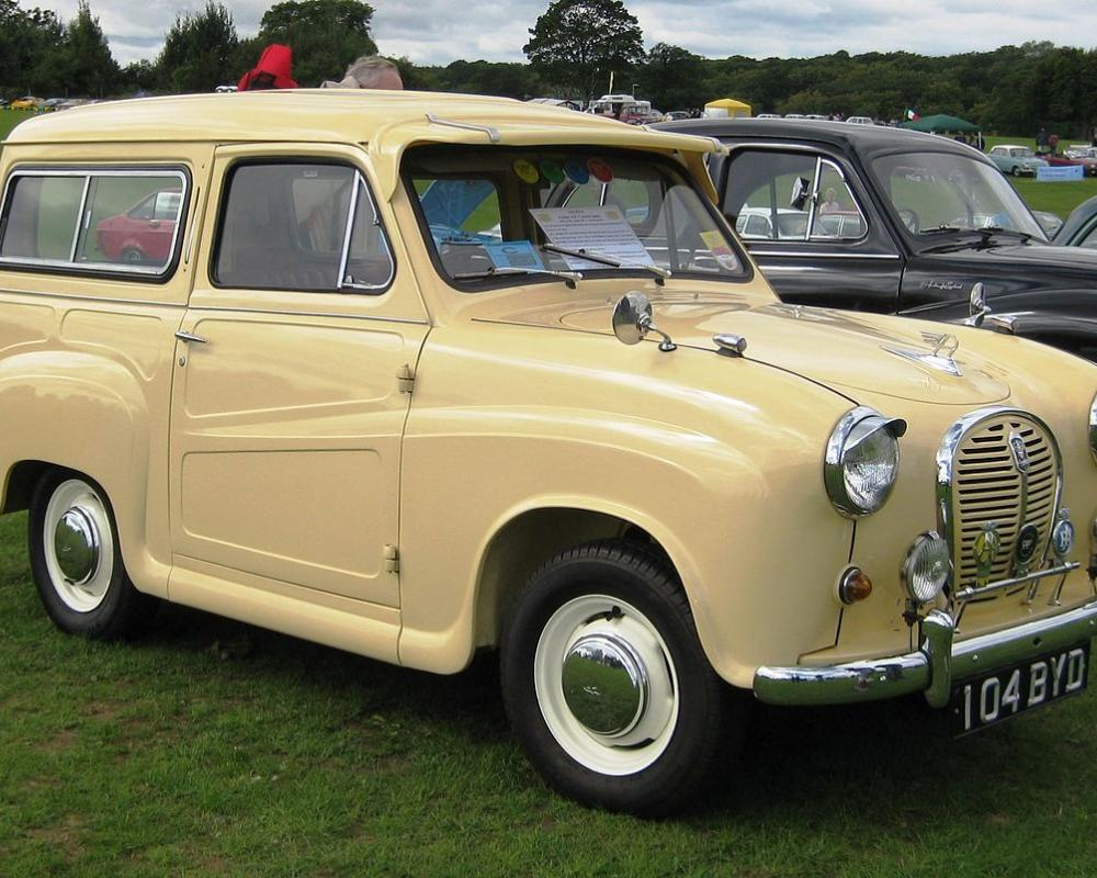 File:Austin A35 Countryman ca 1958 Knebworth.JPG - Wikimedia Commons