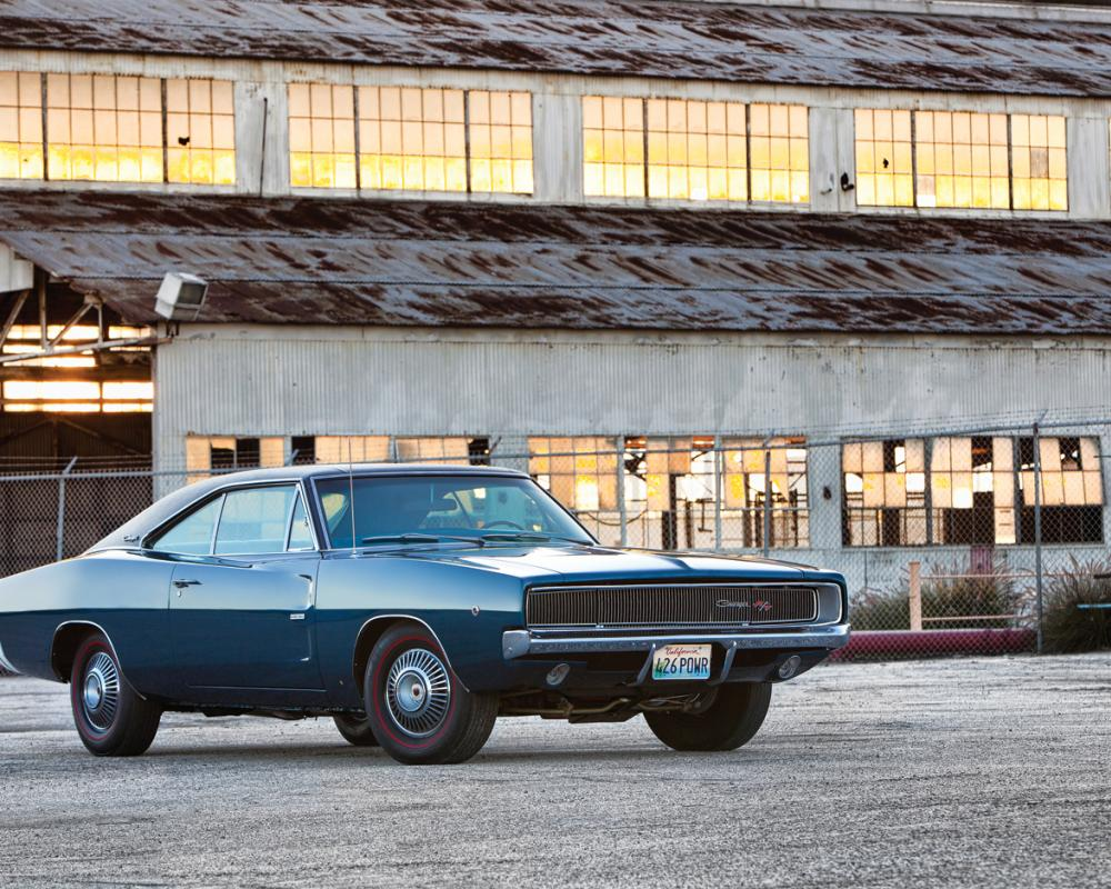 1968 Dodge Charger RT 426 Hemi Front Three Quarter 2
