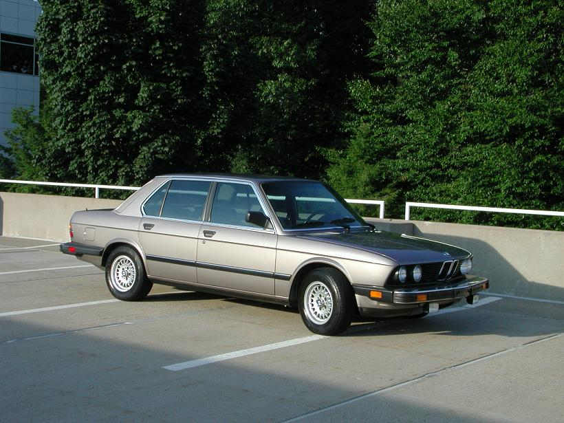 bmw-528e-34. My favorite thing about the car was its clarity of purpose from