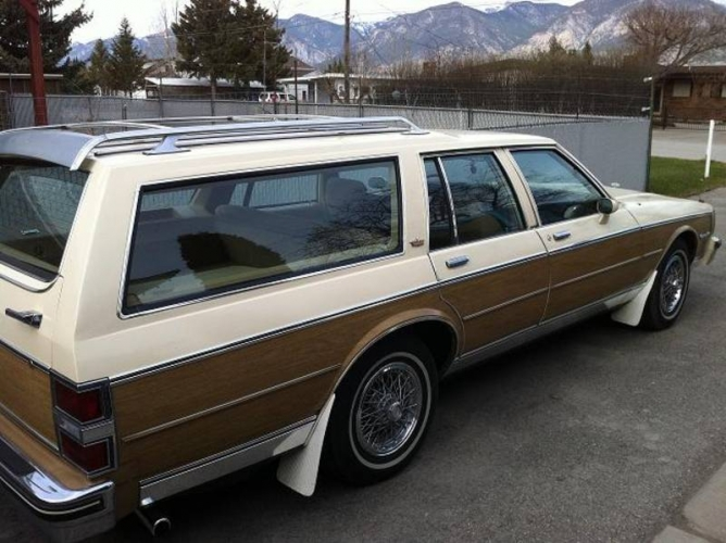 1985 Chevrolet Caprice Estate Wagon in Invermere, British Columbia