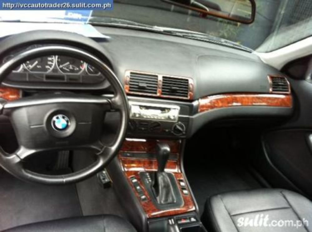 2004 BMW 318I AUTOMATIC. Image 3 of 3