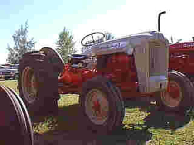 The Ford 600 Series tractors began production in 1954, and continued until