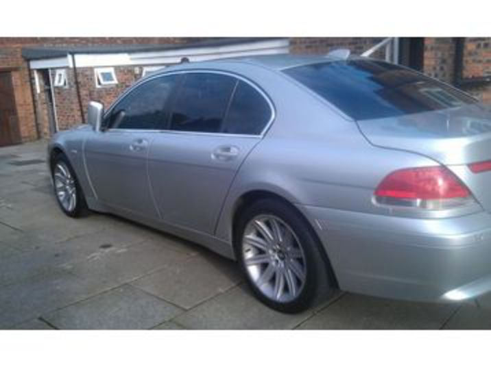 Enlarge · BMW 735I SE AUTO TOP OF THE RANG!!! Salford Picture 4