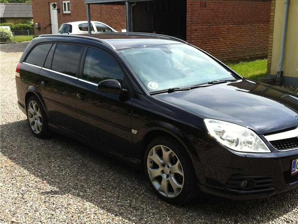 Opel Vectra 2,8 V6 Turbo Sport Wagon 5d