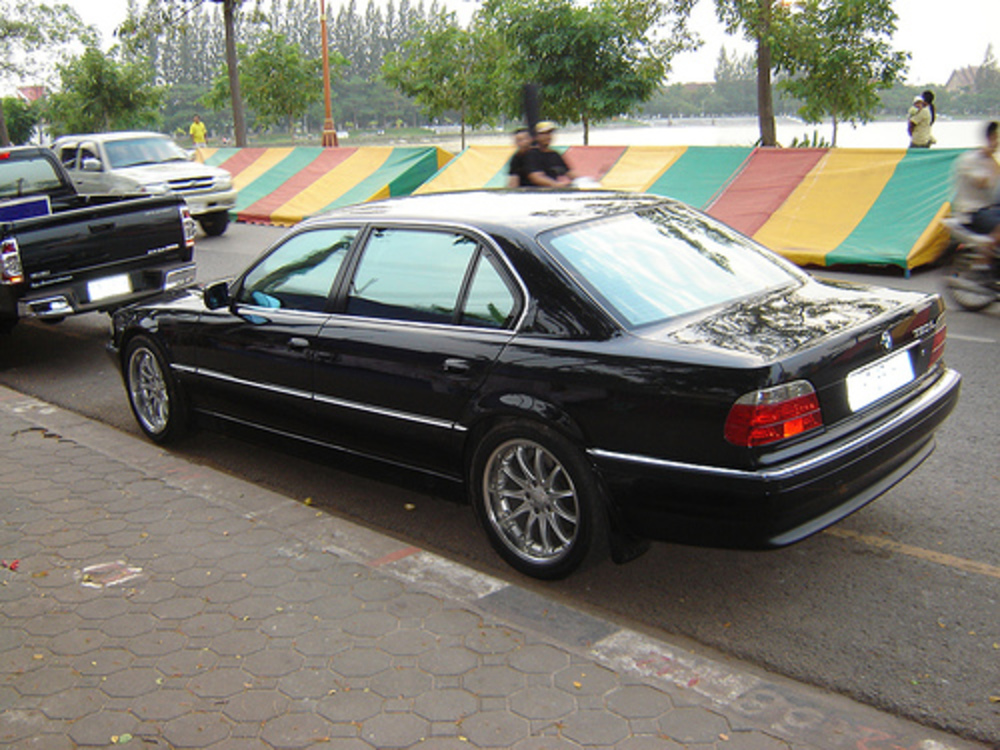 BMW 730iL. One more of this beautiful 7 series.