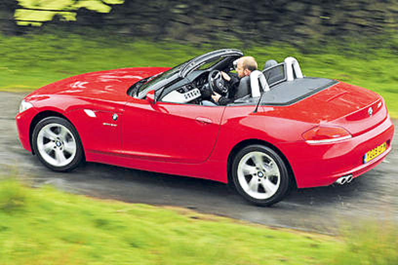 A rare sight - a BMW Z4 sDrive23i without a passenger enjoying the fun ride.