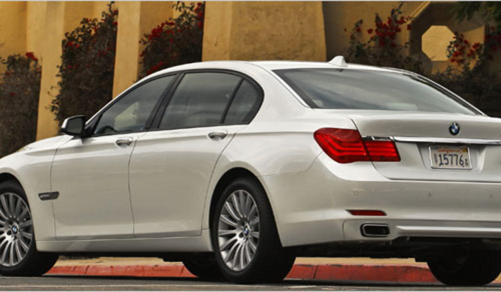 Behind the Wheel | 2009 BMW 750i and 750Li