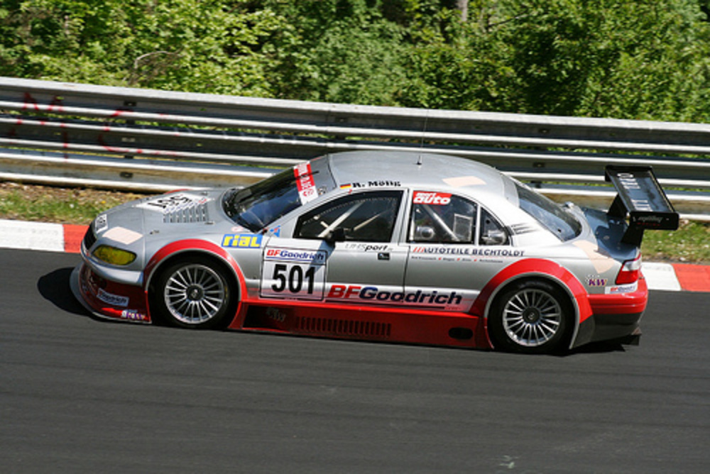 Opel Omega V8 Star by www.nordschleife-video.de