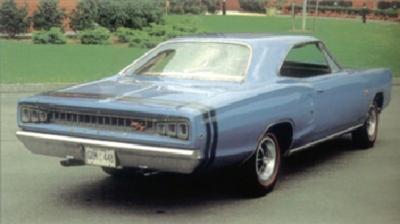 1968 Dodge Coronet R/T 440 hardtop rear three-quarter view
