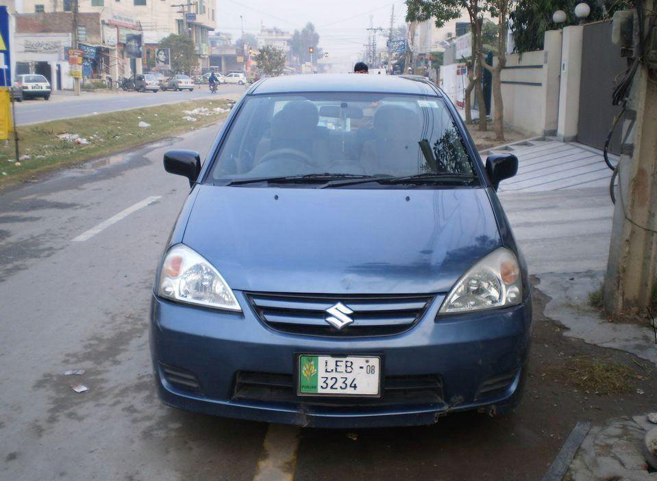 Suzuki Liana Car Review, Specs, Price and Pictures
