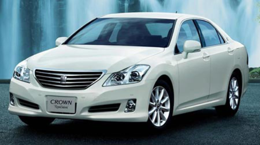 Toyota Crown Royal Saloon - huge collection of cars, auto news and reviews,