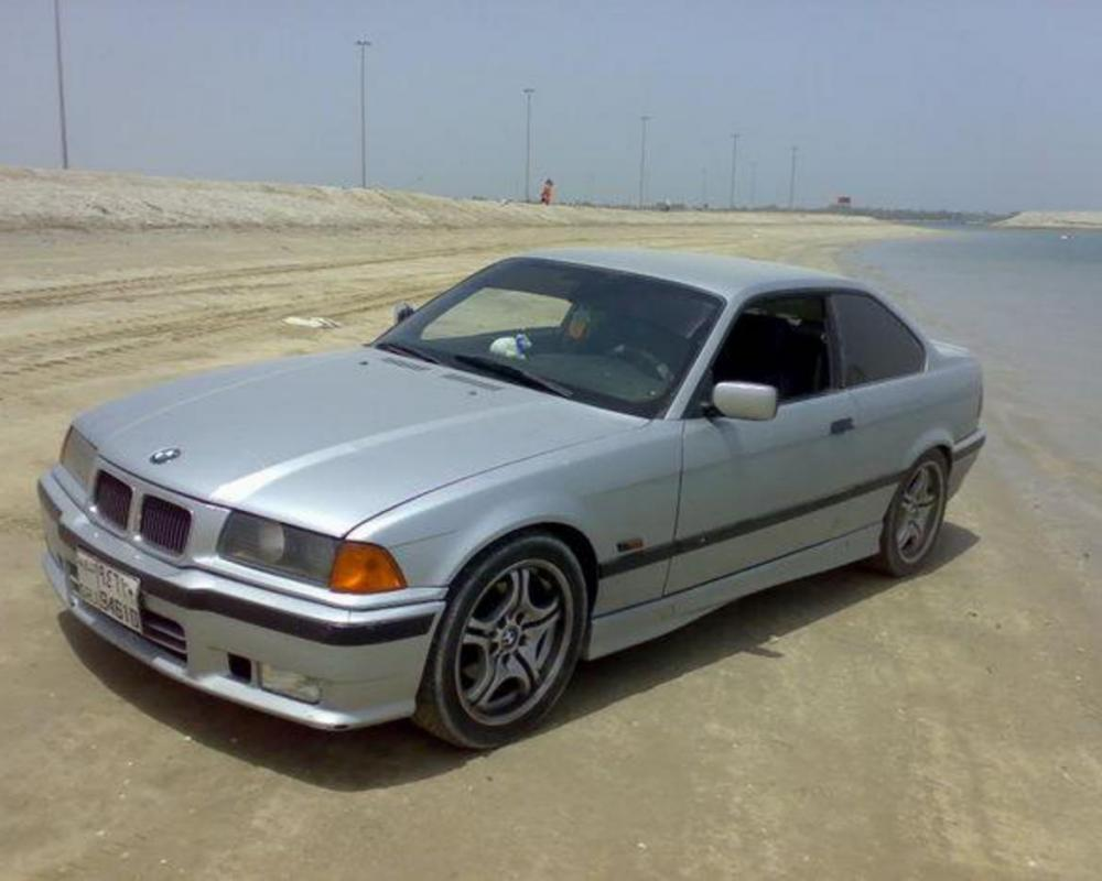 Pictures of bmw 318I for sale. 10.000 AED Price. 195.500 Kms Mileage