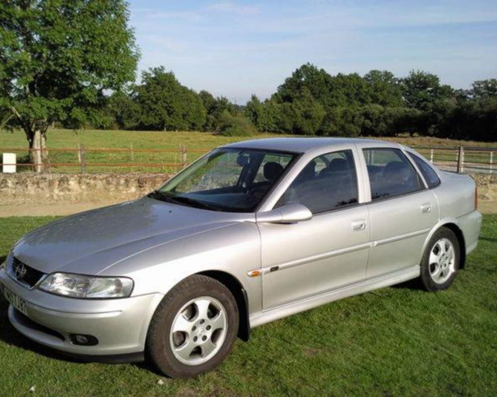 Opel vectra 1.8 i 16v (205 comments) Views 33433 Rating 65