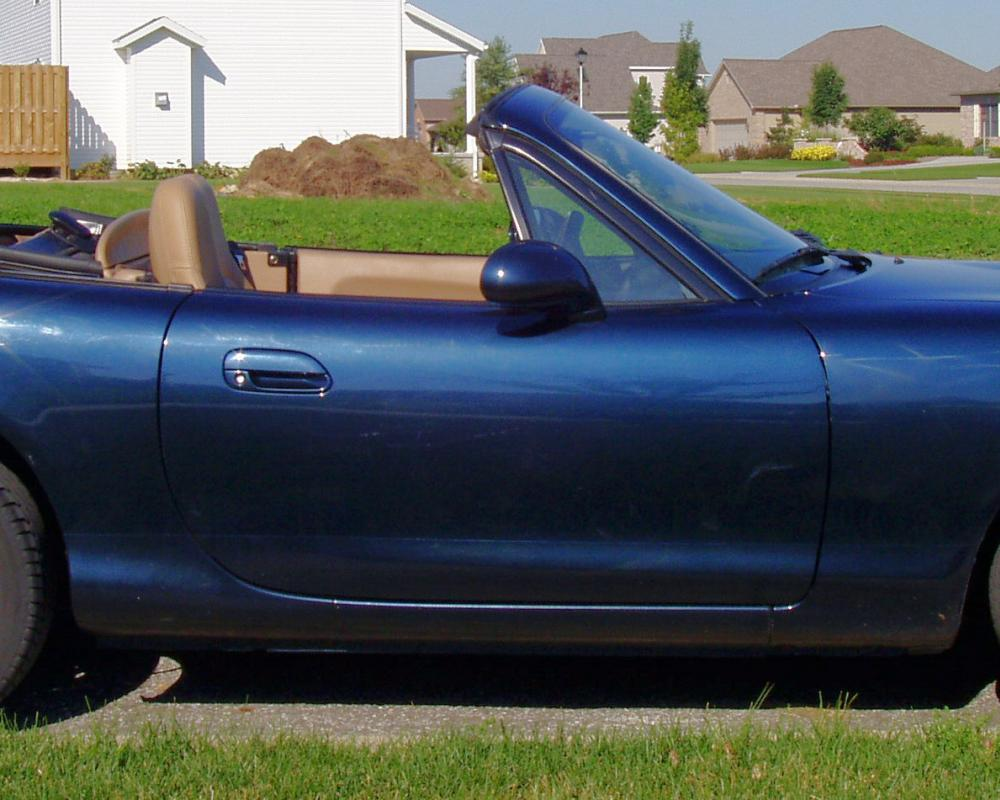 File:Mazda-miata-1999-blue-side.jpg