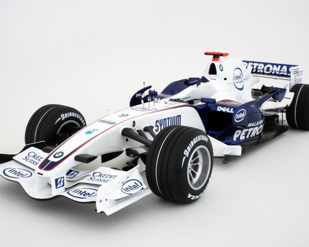 JPG · BMW F107 1-8 scale car 12.