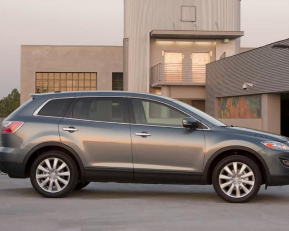 2010 Mazda CX-9 (35 KB). Download Hi-Res (1.3 MB)