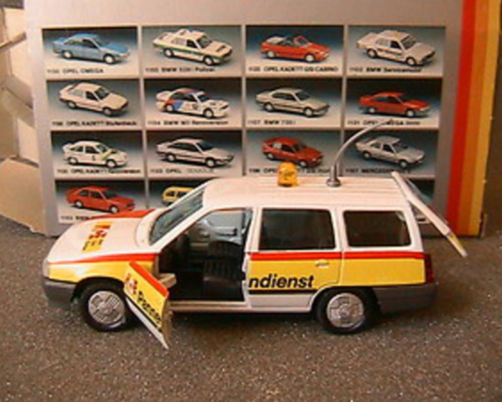 OPEL KADETT GL CARAVAN 5 PORTES PANNENDIENST GAMA 1199 MADE IN WEST GERMANY