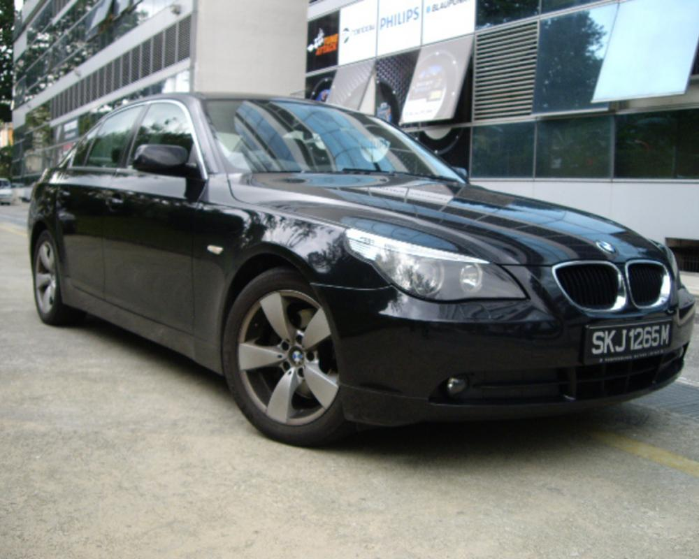 BMW 520IA 2005 Black - Used Car Singapore Used Car Exporter Cars Exporters