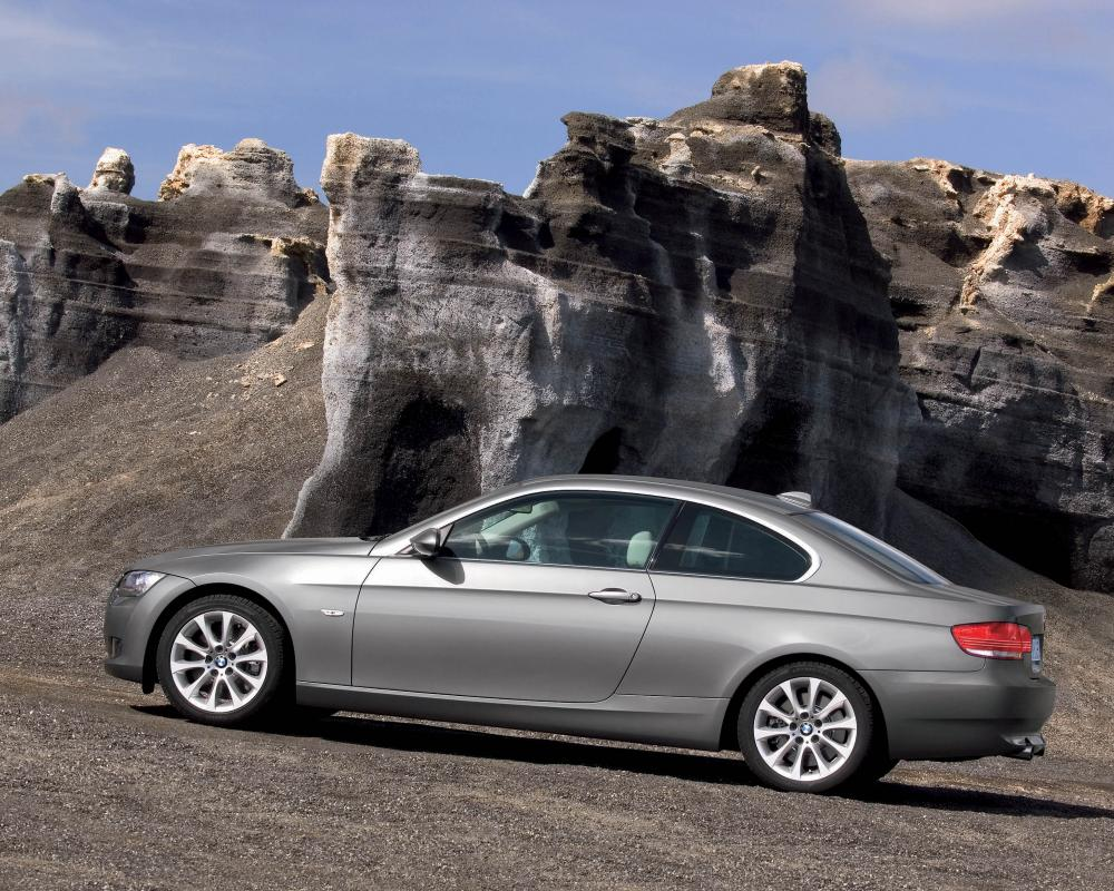 The new BMW 3 Series Coupé 04/21/2006. Heralding the dawn of a new era in