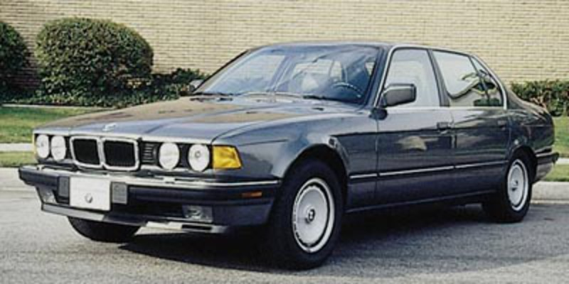 The 1988-1995 BMW 750iL was an ambitious V-12 flagship four-door.