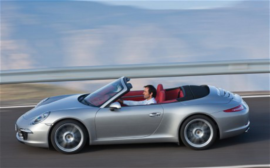 The Porsche 911 Carrera Cabriolet features a 350bhp flat-six engine