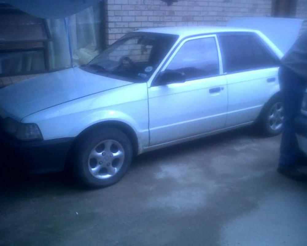 Pictures of For sale Mazda 323. 1300. 200 model, white
