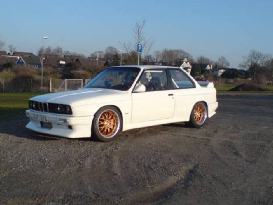 Rate My BMW - 327i turbo VS E30 327 Evo Turbo