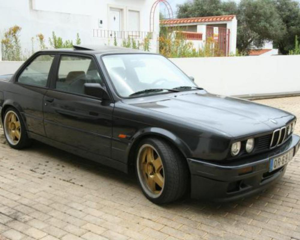 BMW 320is: photo #4