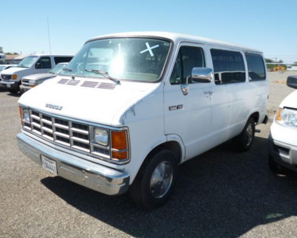 1992 Dodge Ram 150 Van. Currency:USD Category:Heavy Equipment Start Price:NA