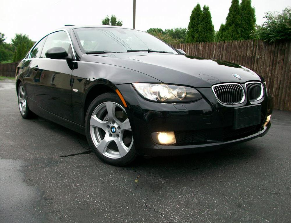 2007 BMW 328xi coupe provided by Mini Me Motors Westampton 08060