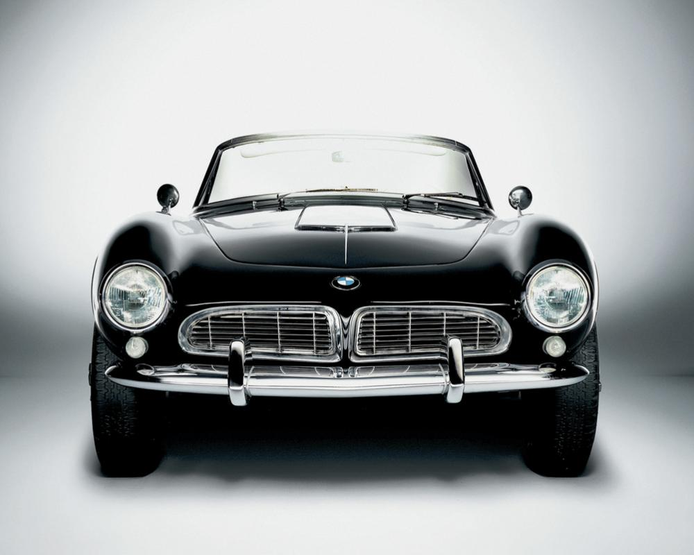Comfort and elegance for all times: the BMW 507.