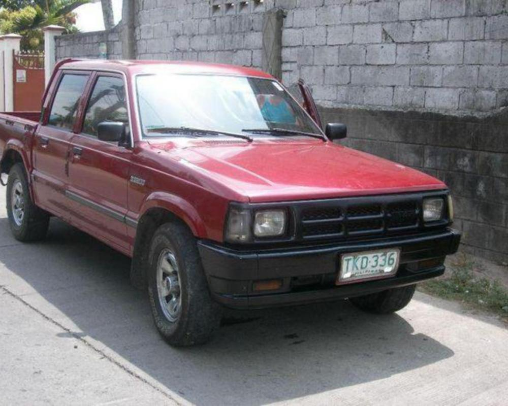 Pictures of MAZDA B2200. PHP155,000