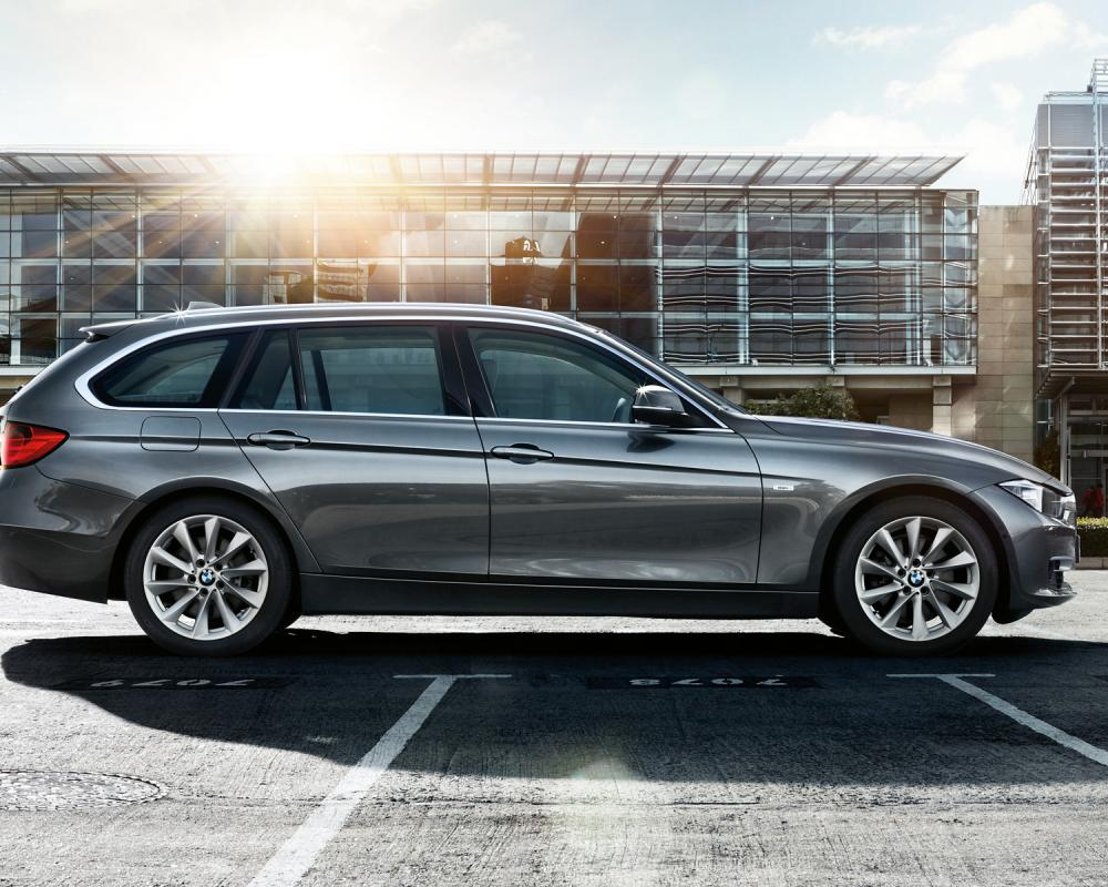 BMW 3 Series Touring : Images and videos
